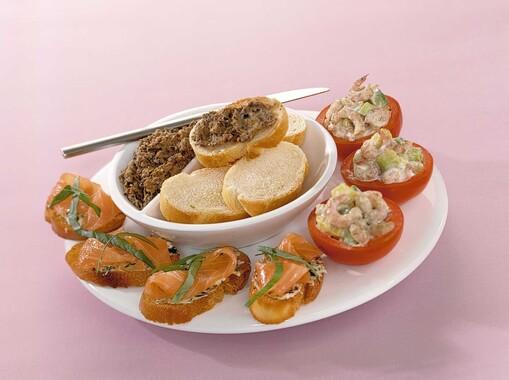 Vishapjes met garnalen, zalm en tonijn