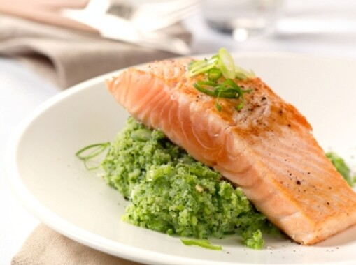 Zalm met broccolipuree