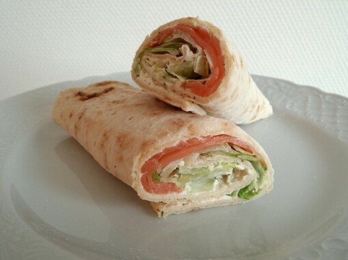 Wrap met zalm- of tonijnfilet